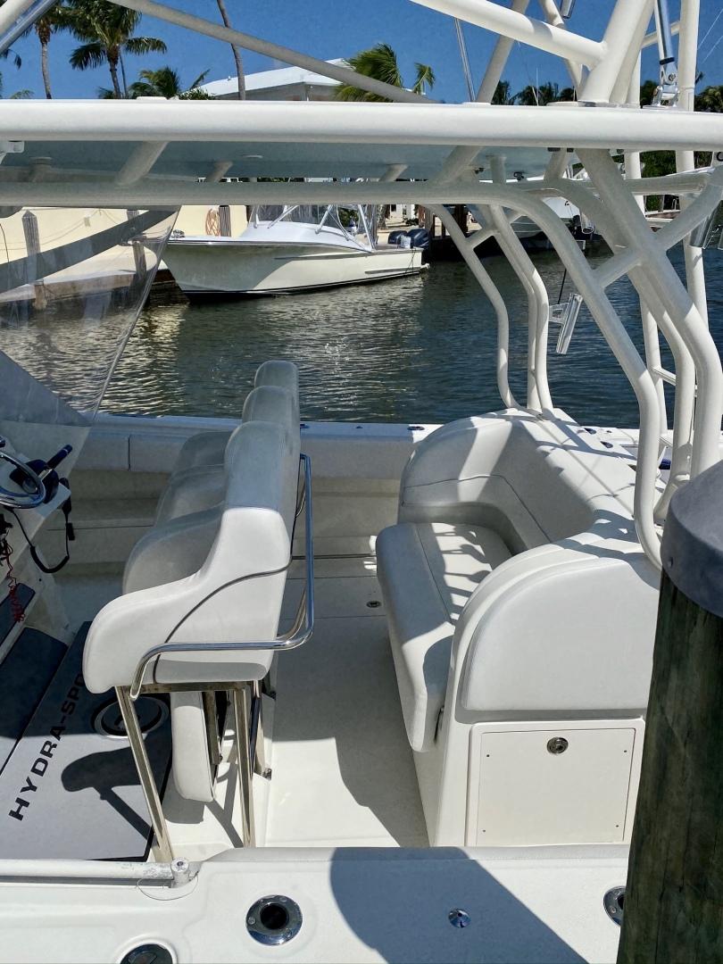 Hydra-Sports-4200 SF 2012-Dakota Crude Islamorada-Florida-United States-1517052 | Thumbnail