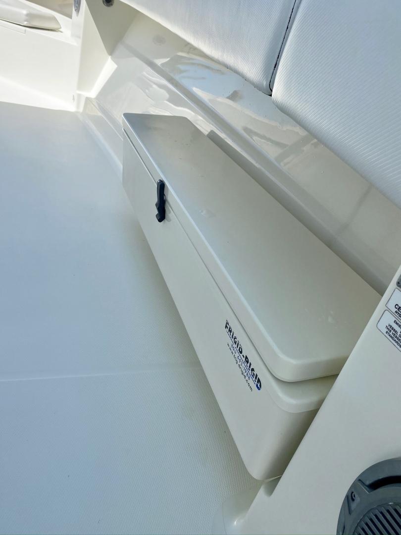 Hydra-Sports-4200 SF 2012-Dakota Crude Islamorada-Florida-United States-1517076 | Thumbnail