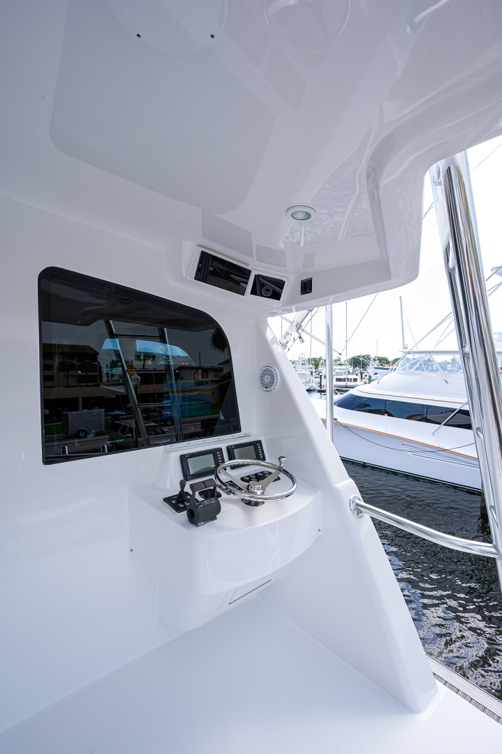 Sea Force IX-Enclosed Bridge Convertible 2007-Black Shadow North Palm Beach-Florida-United States-Aft Flybridge-1549788 | Thumbnail