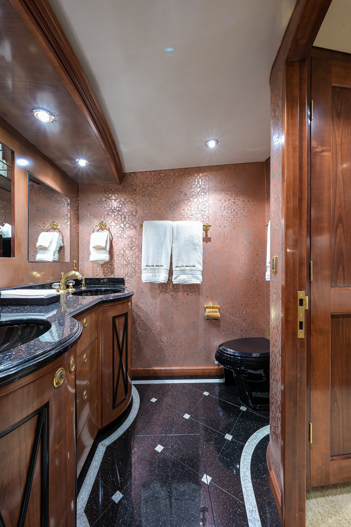 Sea Force IX-Enclosed Bridge Convertible 2007-Black Shadow North Palm Beach-Florida-United States-Master Stateroom Head-1517359 | Thumbnail
