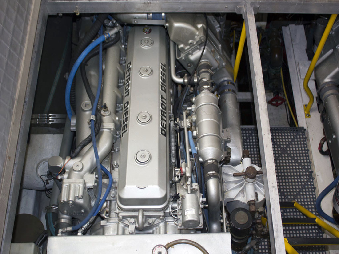 Viking-44 Double Cabin 1990-Never Mind Cape Coral-Florida-United States-Starboard Detroit Engine-1518236   Thumbnail