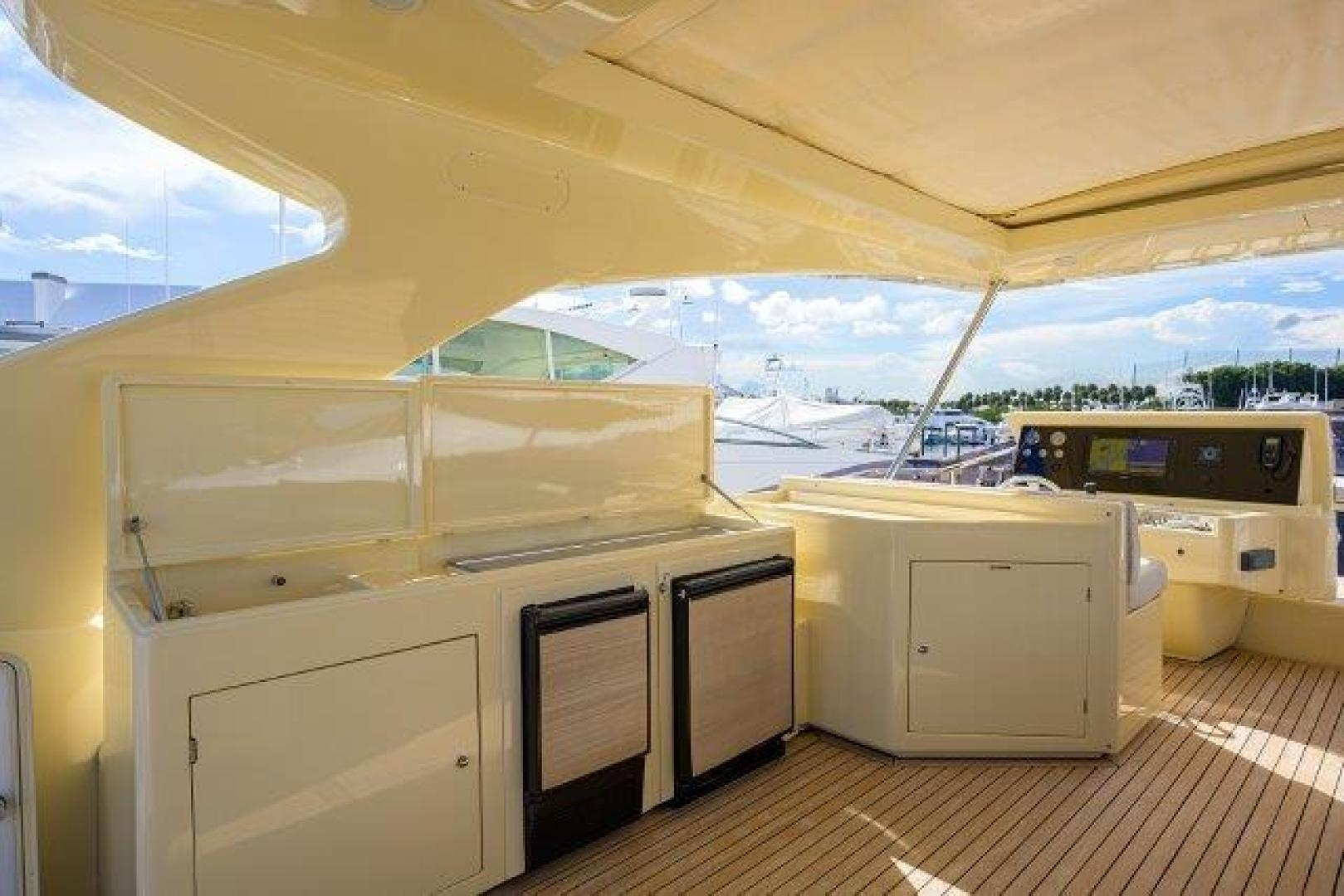 Ferretti Yachts-Altura 840 2010-MISS ALLIED Jupiter-Florida-United States-Bridge Deck-1518347 | Thumbnail