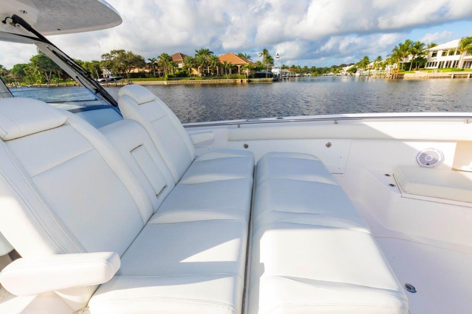 Everglades-435 Center Console 2019-Bahama Papa Palm Beach Gardens-Florida-United States-Forward Seating-1570500 | Thumbnail
