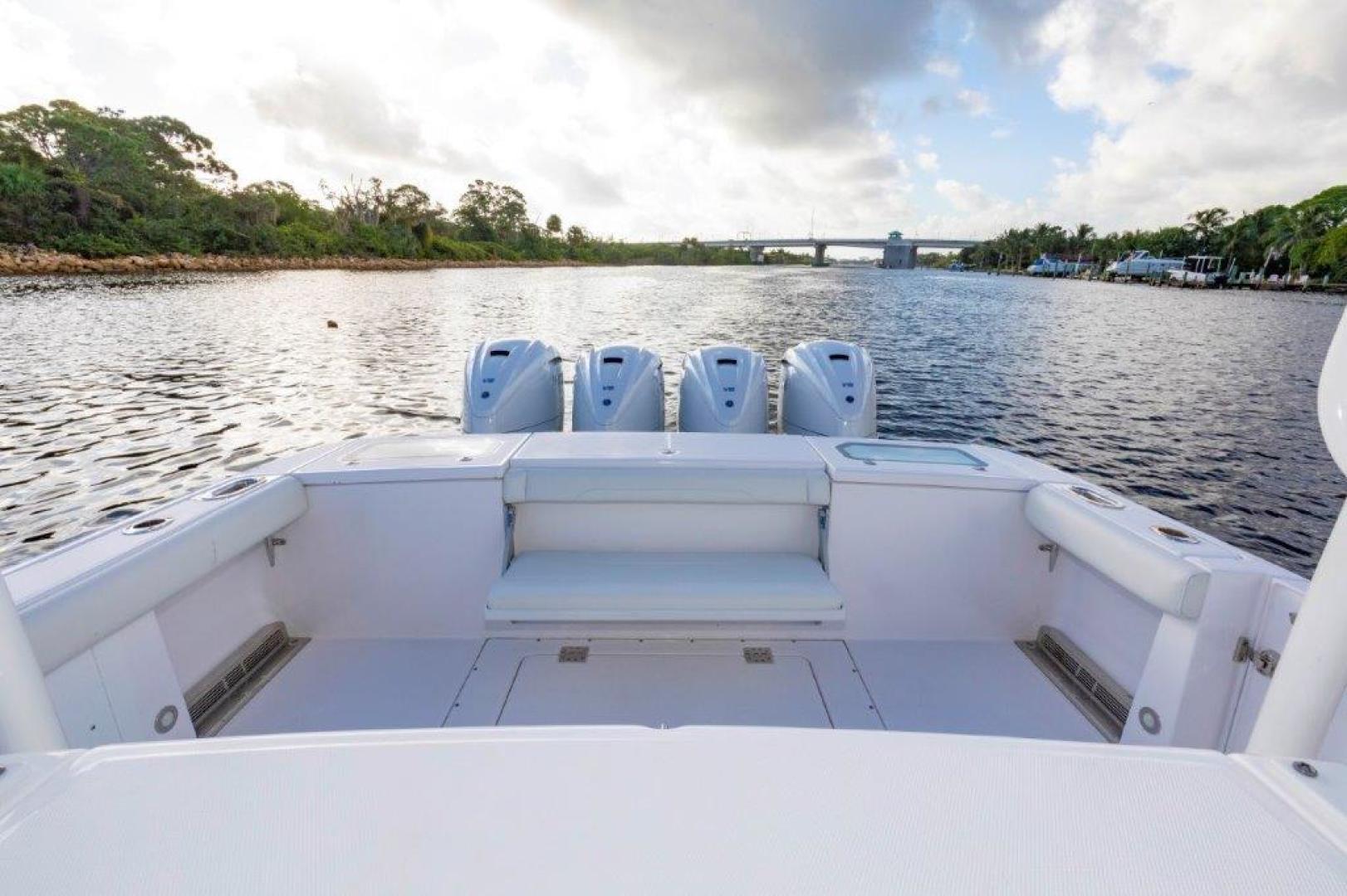 Everglades-435 Center Console 2019-Bahama Papa Palm Beach Gardens-Florida-United States-Deck-1570510 | Thumbnail