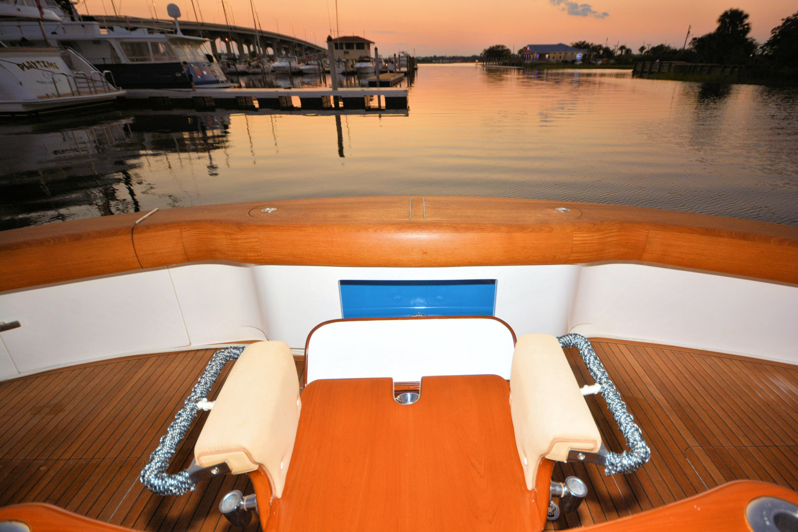 Viking-82 Convertible 2010-Nikki Bella Jacksonville-Florida-United States-2010 82 Viking   Fighting Chair (3)-1521079 | Thumbnail