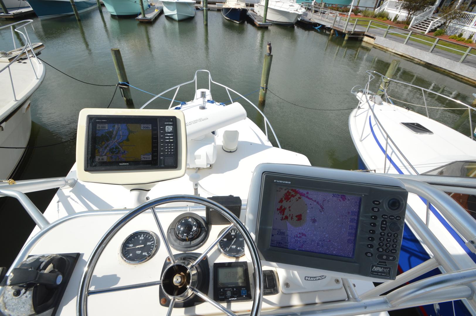 Albemarle-32 Express 2002-Reel Issues Beaufort-North Carolina-United States-1518783   Thumbnail