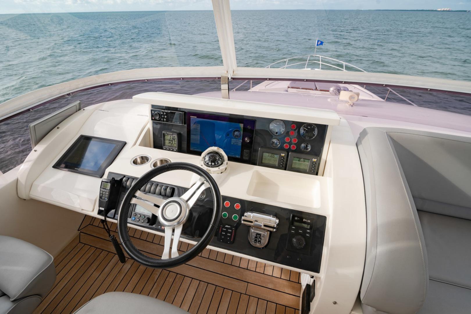Princess-Flybridge 2014-GAVIOTA Coral Gables-Florida-United States-BRIDGE HELM-1519617   Thumbnail