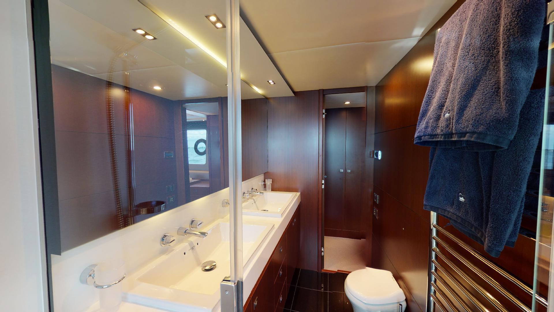 Princess-Flybridge 2014-GAVIOTA Coral Gables-Florida-United States-MASTER STATEROOM HEAD-1519377   Thumbnail