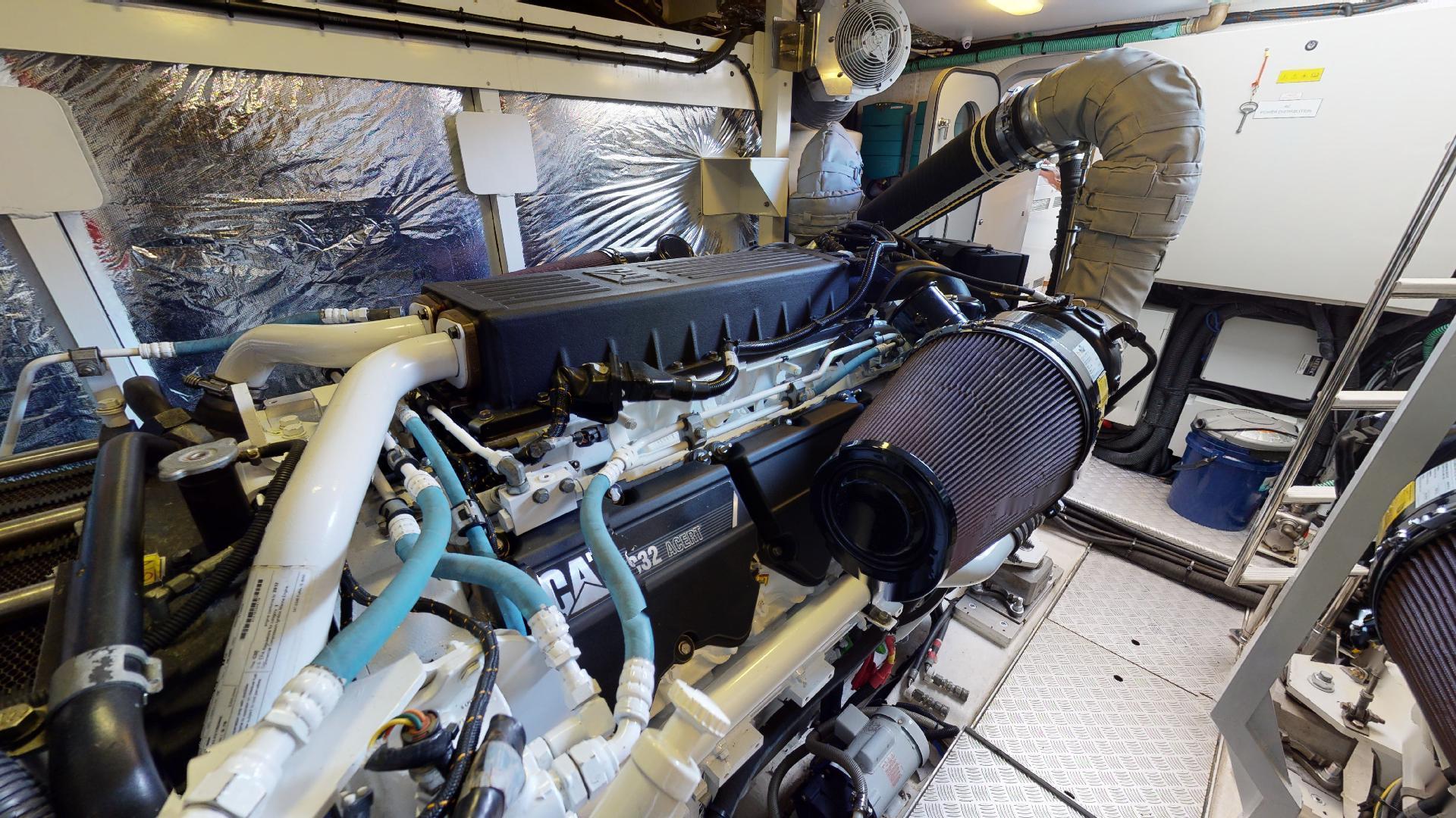 Princess-Flybridge 2014-GAVIOTA Coral Gables-Florida-United States-ENGINE ROOM-1519622   Thumbnail