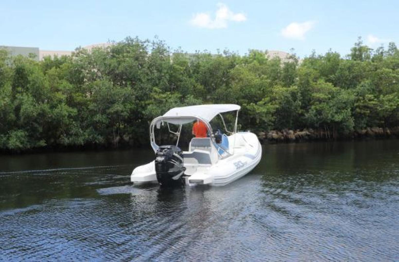 Sacs-Sport 700 2016-Sacs Sport 700 Fort Lauderdale-Florida-United States-1521562 | Thumbnail