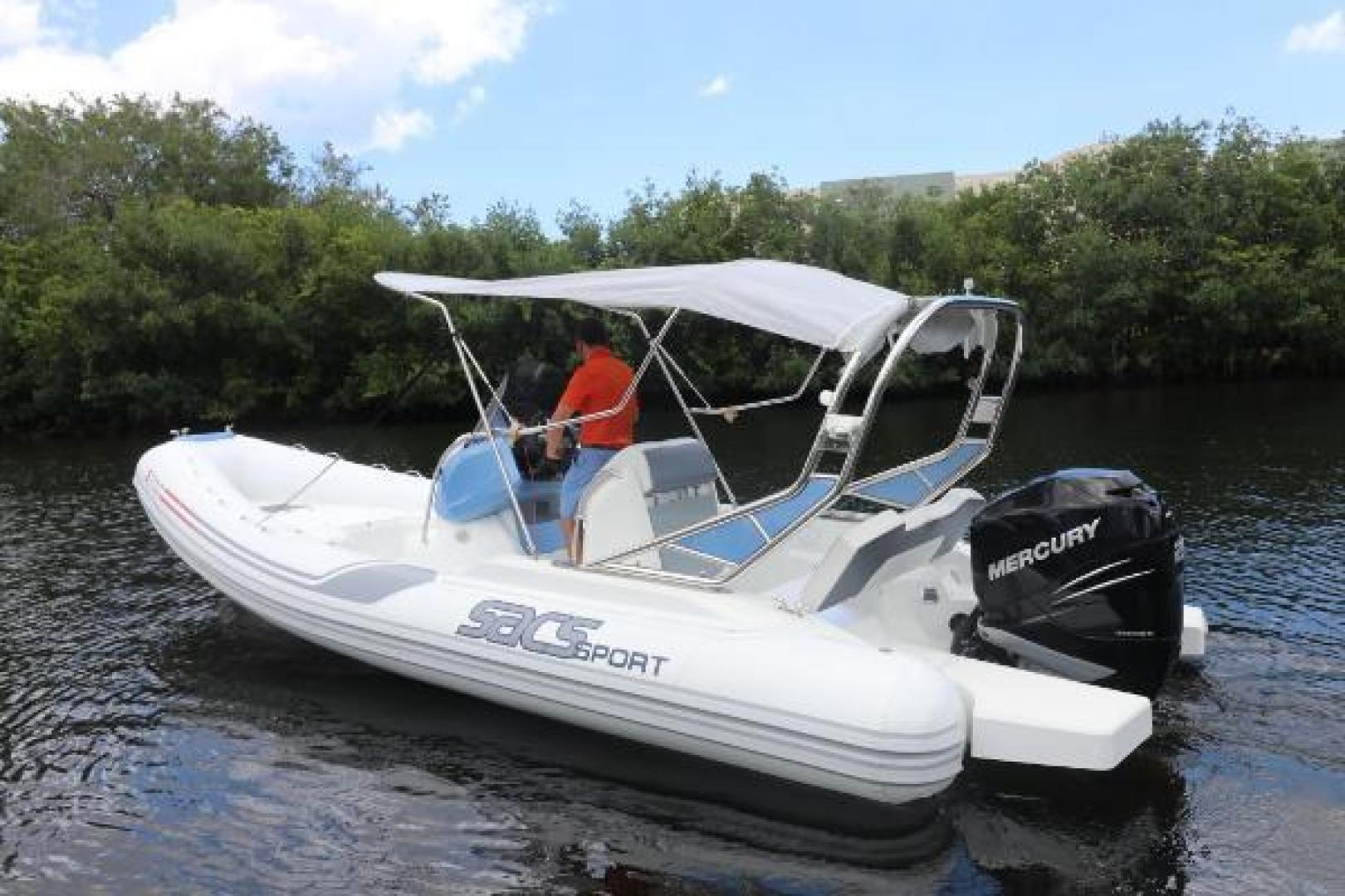 Sacs-Sport 700 2016-Sacs Sport 700 Fort Lauderdale-Florida-United States-1521564 | Thumbnail