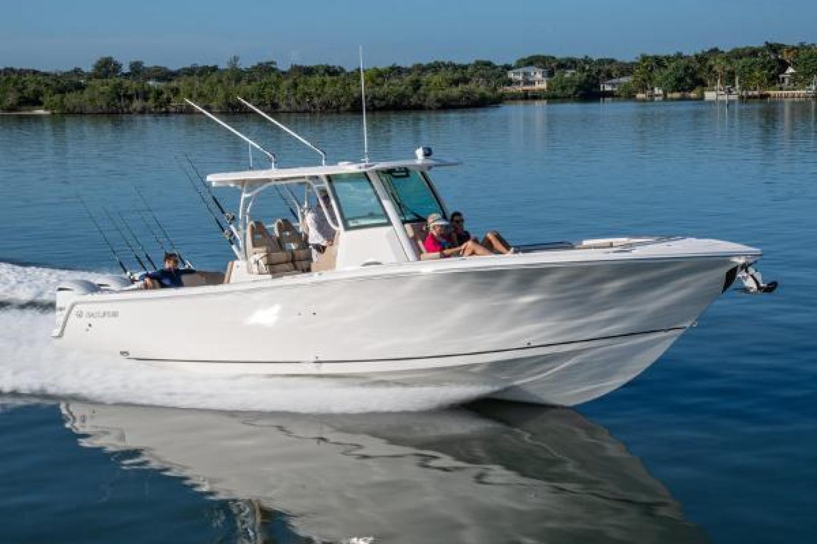 Sailfish-360 CC 2021-Sailfish 360 CC Fort Lauderdale-Florida-United States-Manufacturer Provided Image-1524498 | Thumbnail
