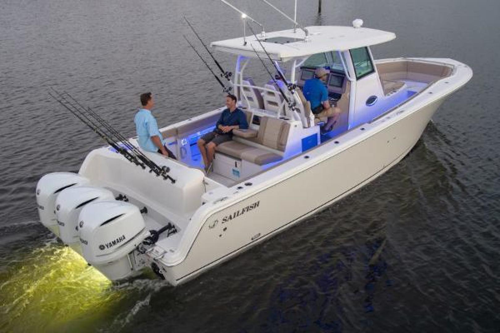 Sailfish-360 CC 2021-Sailfish 360 CC Fort Lauderdale-Florida-United States-Manufacturer Provided Image-1524499 | Thumbnail