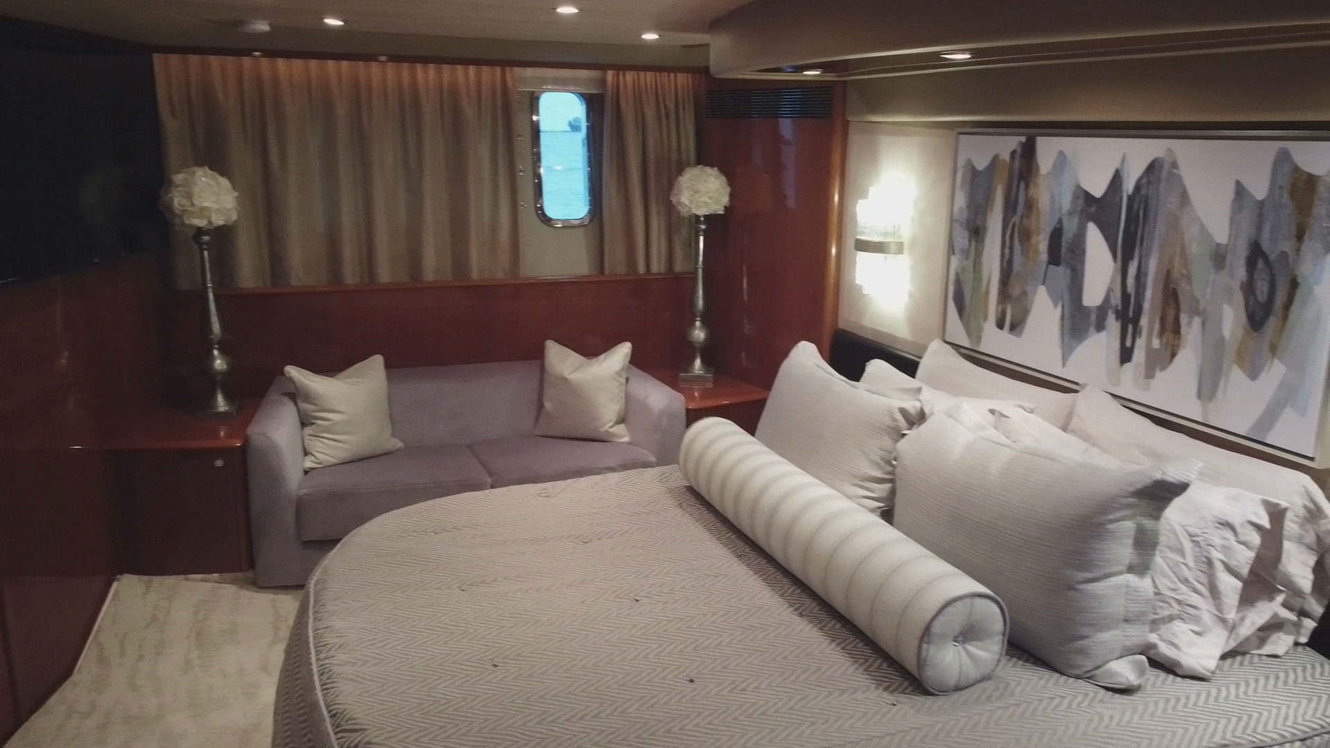 Princess-Flybridge Motor Yacht 2007-Hall Force One En Route to Florida-Florida-United States-master-stateroom-1534904 | Thumbnail