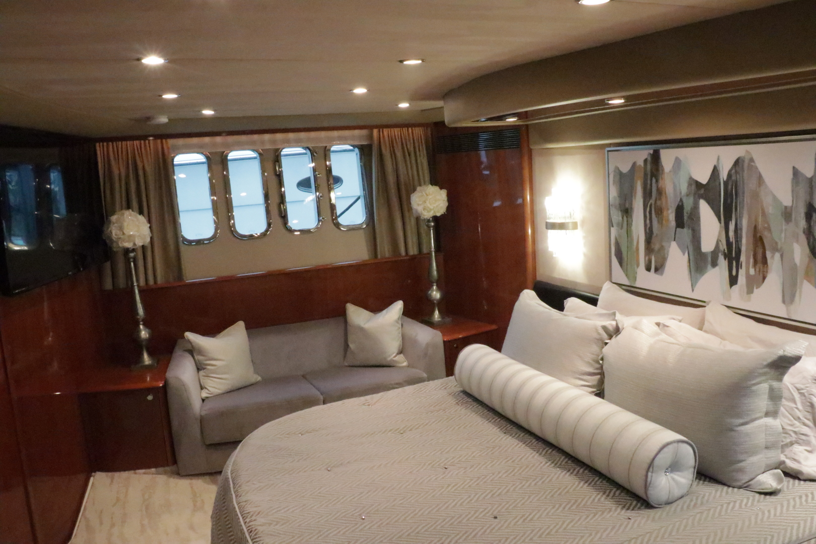 Princess-Flybridge Motor Yacht 2007-Hall Force One En Route to Florida-Florida-United States-master-stateroom-1534924 | Thumbnail