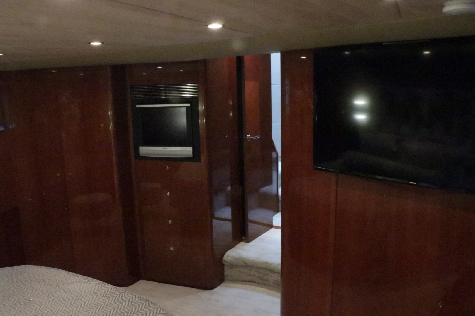 Princess-Flybridge Motor Yacht 2007-Hall Force One En Route to Florida-Florida-United States-master-stateroom-1534926 | Thumbnail