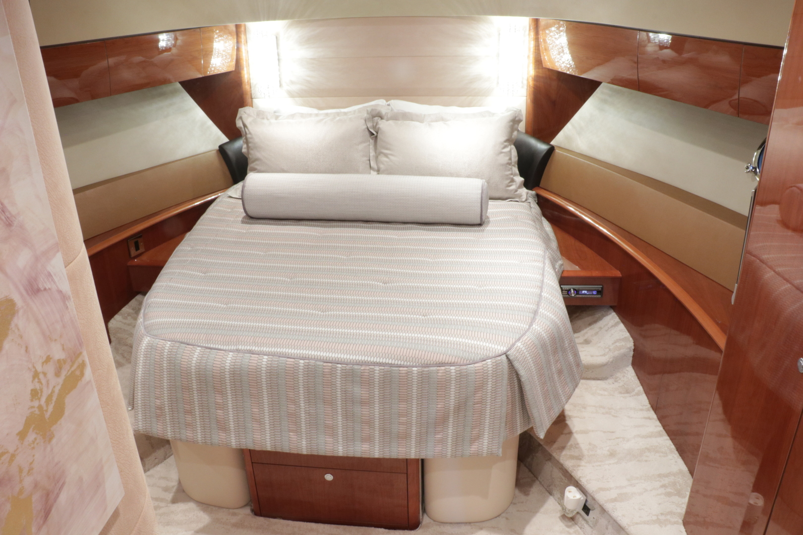 Princess-Flybridge Motor Yacht 2007-Hall Force One En Route to Florida-Florida-United States-vip-stateroom-1534918 | Thumbnail