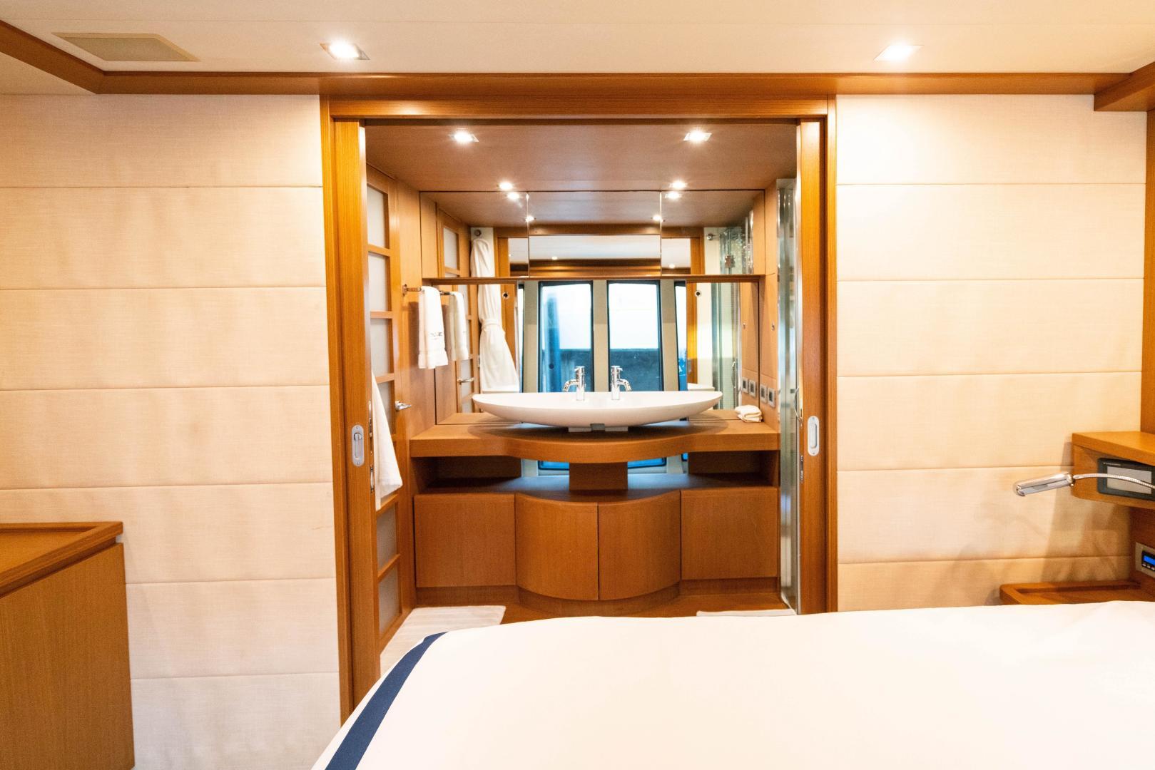 Ferretti Yachts-780 Fly bridge 2007-INDULGE Miami-Florida-United States-1544040 | Thumbnail