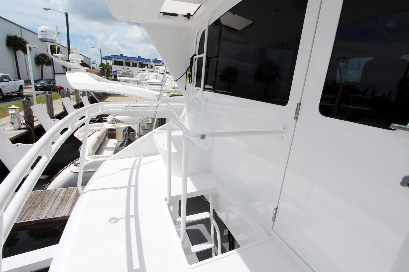 Viking-Enclosed Bridge 2004-Sea Sea Rider Dania Beach-Florida-United States-1536088 | Thumbnail