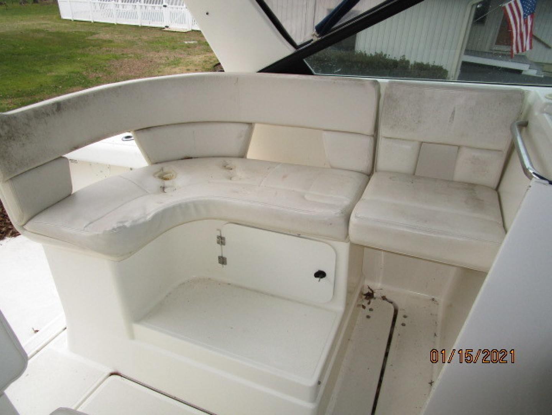 Tiara Yachts-2900 1997-Spirit Stevensville-Maryland-United States-29 Tiara upper deck port seating-1619402 | Thumbnail