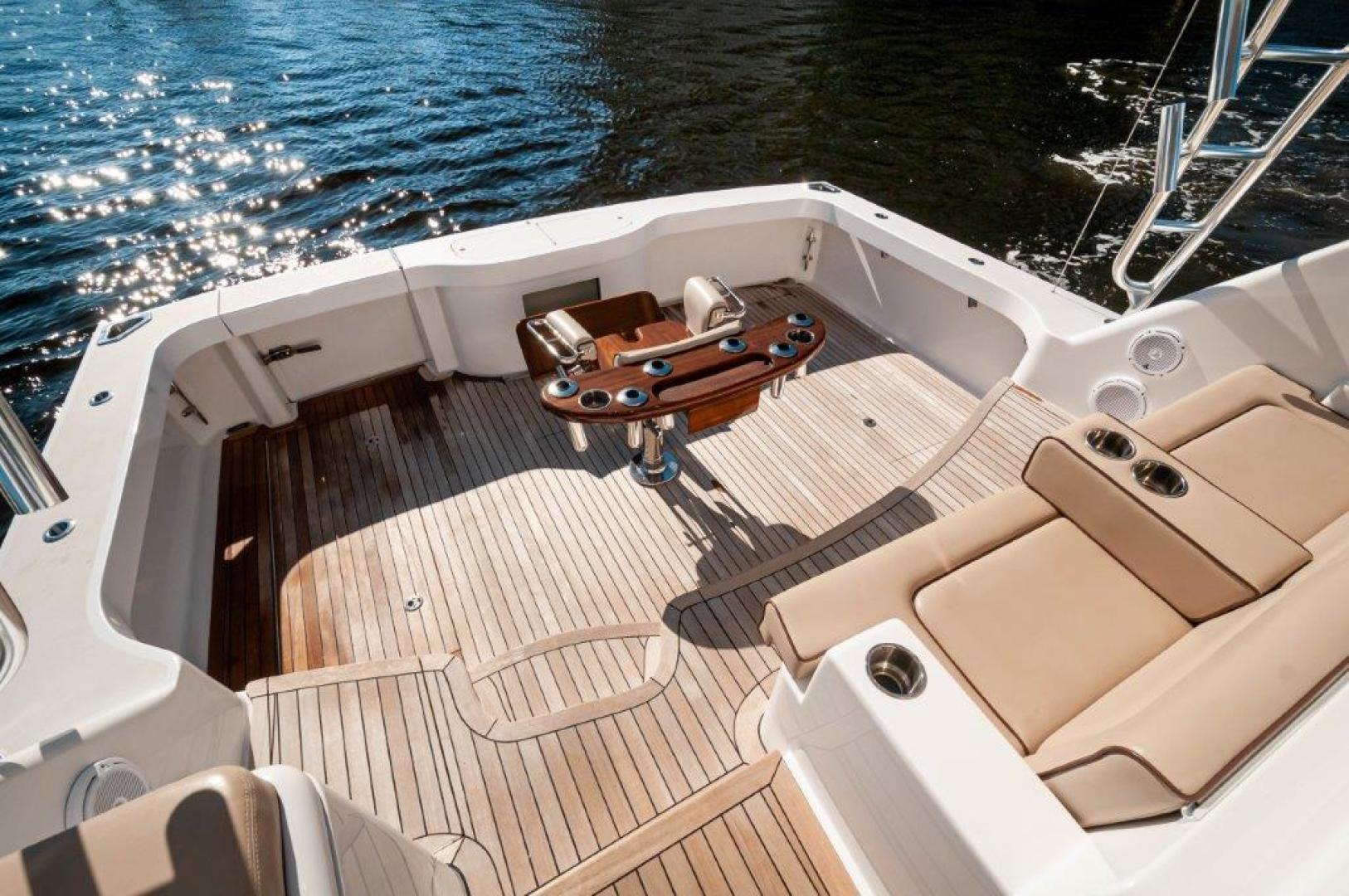 Hatteras-45 GT45X 2016-Badonkadonk Biloxi-Mississippi-United States-2016 45 Hatteras GT45X Badonkadonk Cockpit (2)-1549476 | Thumbnail