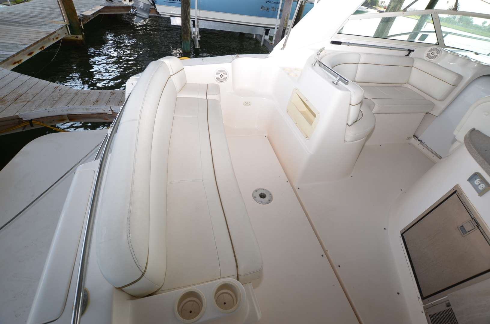 Rinker-342 Fiesta Vee 2004-Constant Motion Clearwater-Florida-United States-1538227 | Thumbnail