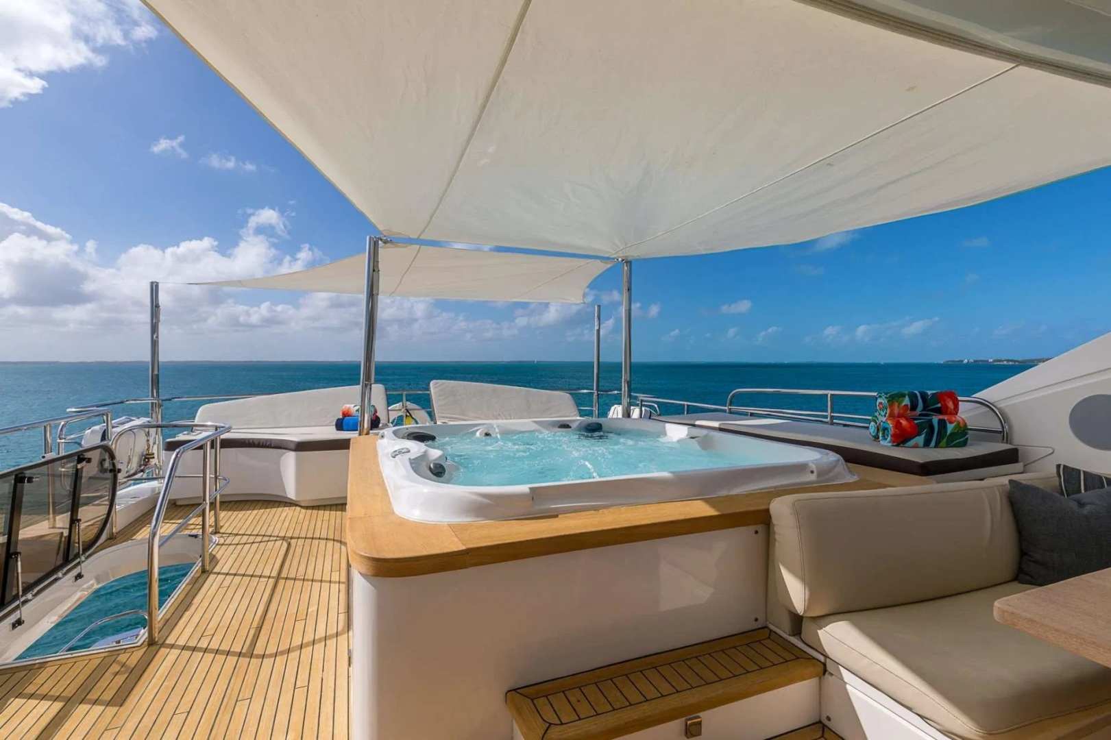 Princess 2012-LADY COPE Fort Lauderdale-Florida-United States-Sun Deck Jacuzzi-1536925 | Thumbnail