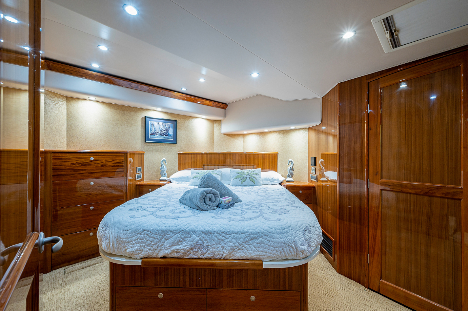 Viking-Convertible 2007-Scoped Out Lighthouse Point-Florida-United States-Master Stateroom-1551977 | Thumbnail