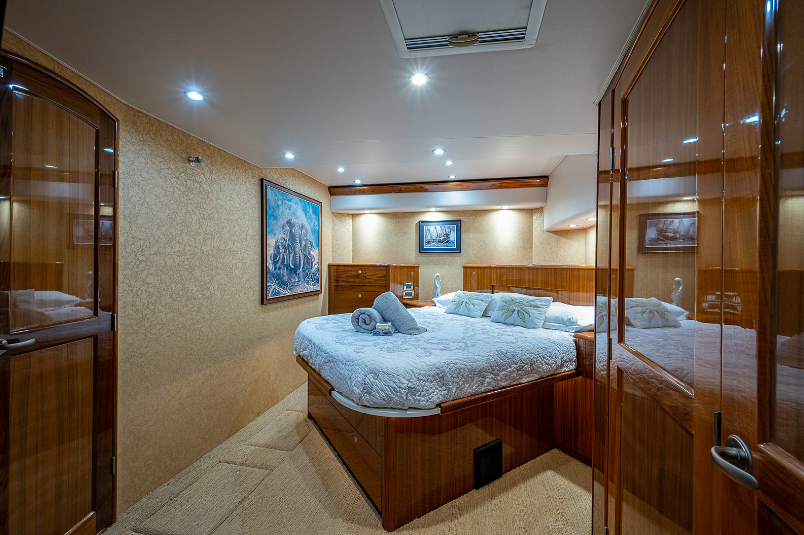 Viking-Convertible 2007-Scoped Out Lighthouse Point-Florida-United States-Master Stateroom-1551979 | Thumbnail