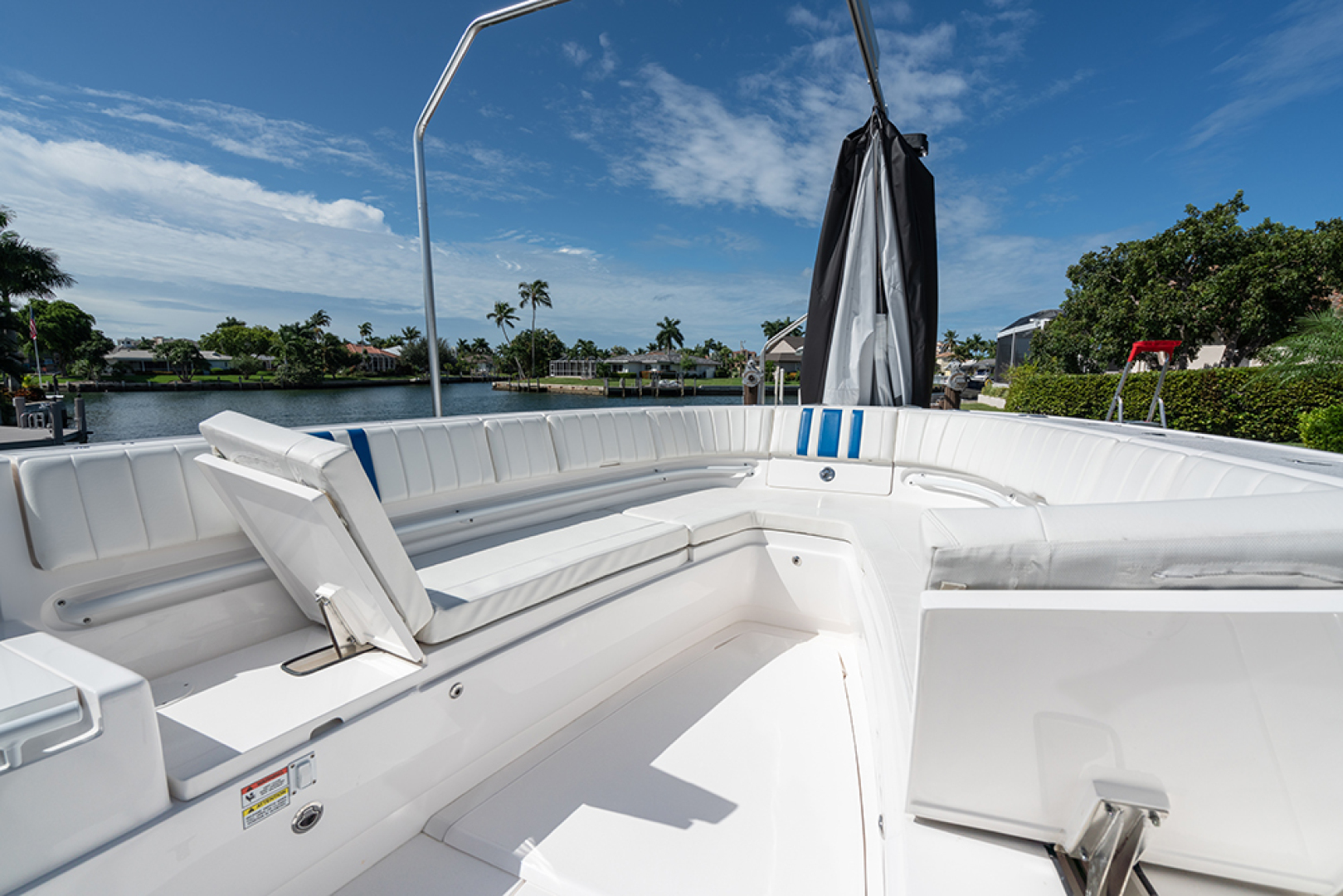 Intrepid-400 Center Console 2017-SPONTANEOUS Marco Island-Florida-United States-Forward seating with electric backrests-1537595 | Thumbnail