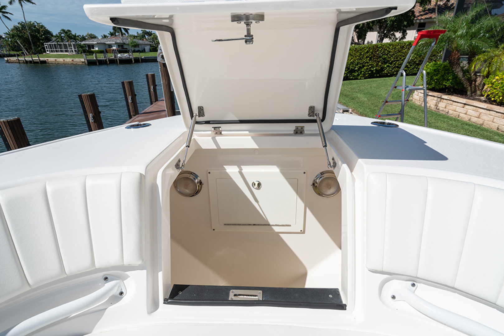 Intrepid-400 Center Console 2017-SPONTANEOUS Marco Island-Florida-United States-Hatch fwd of the bow seating area-1537597 | Thumbnail