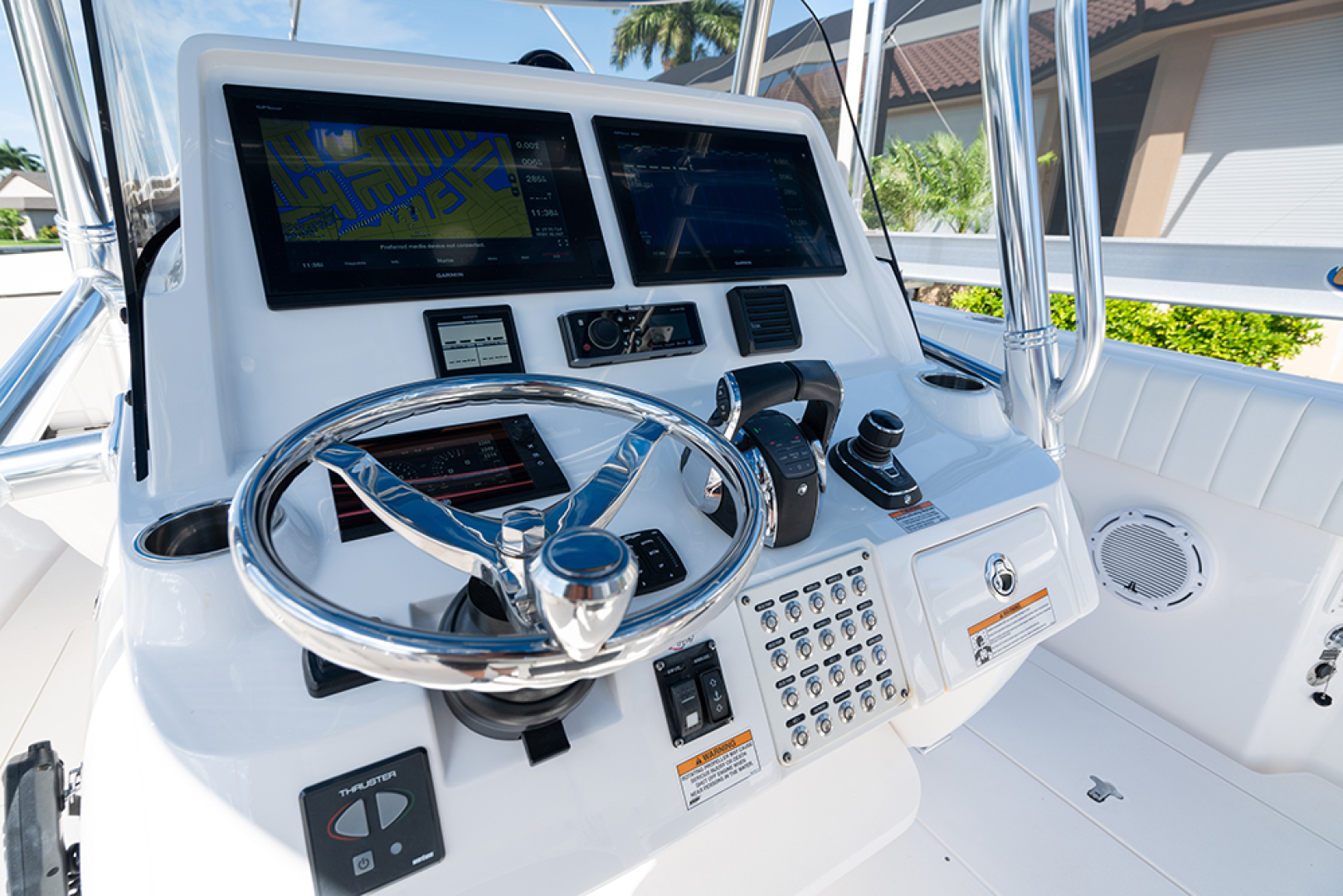 Intrepid-400 Center Console 2017-SPONTANEOUS Marco Island-Florida-United States-Helm -1537590 | Thumbnail