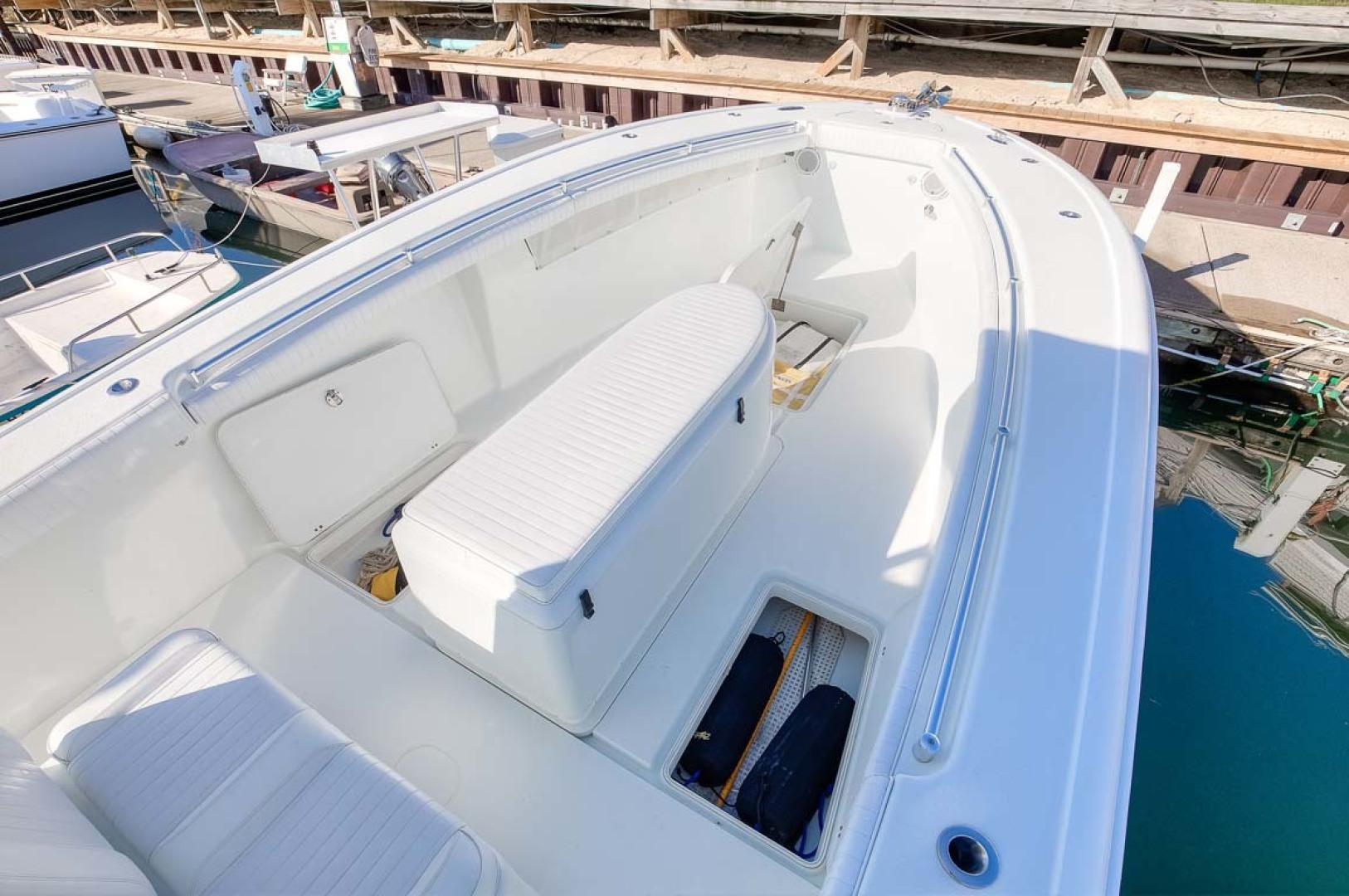 Yellowfin-Center Console 2009-Clean Sweep Cape May-New Jersey-United States-Coffin Box and In-Deck Storage-1538542 | Thumbnail