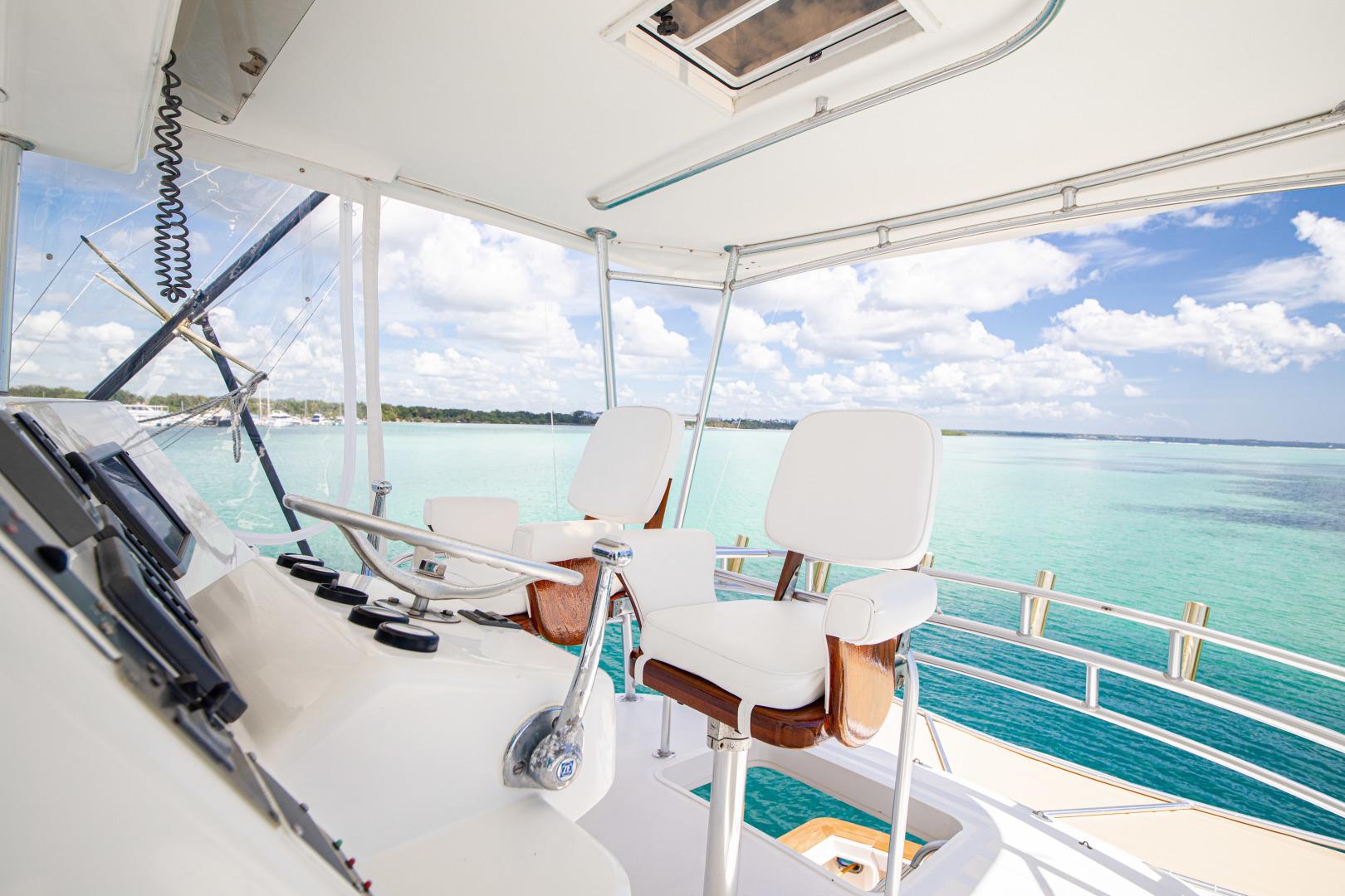Ocean Yachts 2001 -Santo Domingo-Dominican Republic-Helm-1538746   Thumbnail