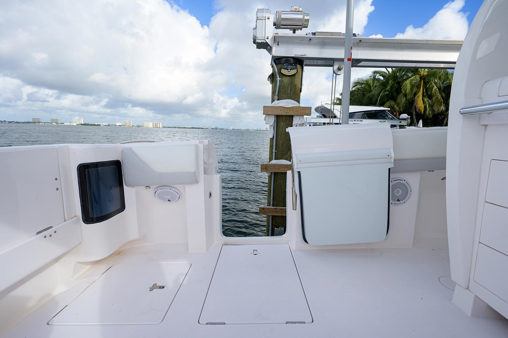 Intrepid 2019-GIRLYMAN Florida-United States-Cockpit-1540348 | Thumbnail