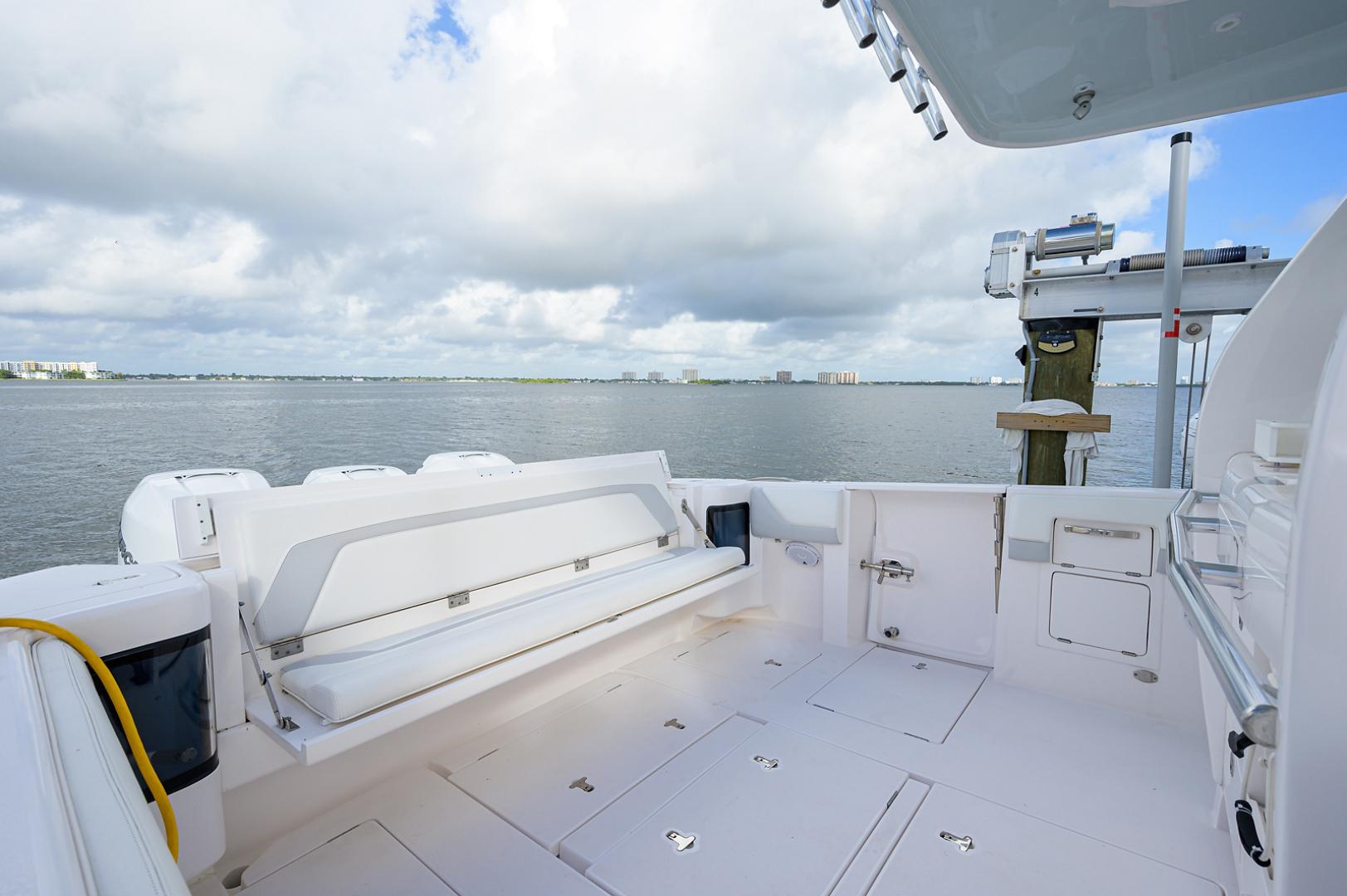 Intrepid 2019-GIRLYMAN Florida-United States-Cockpit-1540339 | Thumbnail