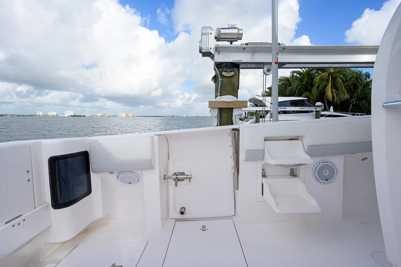 Intrepid 2019-GIRLYMAN Florida-United States-Cockpit-1540345 | Thumbnail
