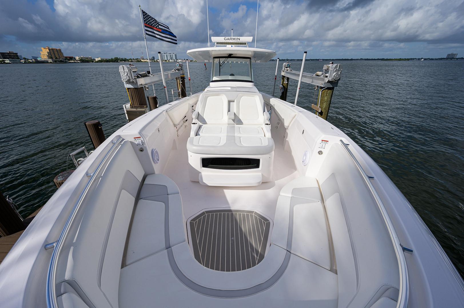 Intrepid 2019-GIRLYMAN Florida-United States-Bow-1540324 | Thumbnail
