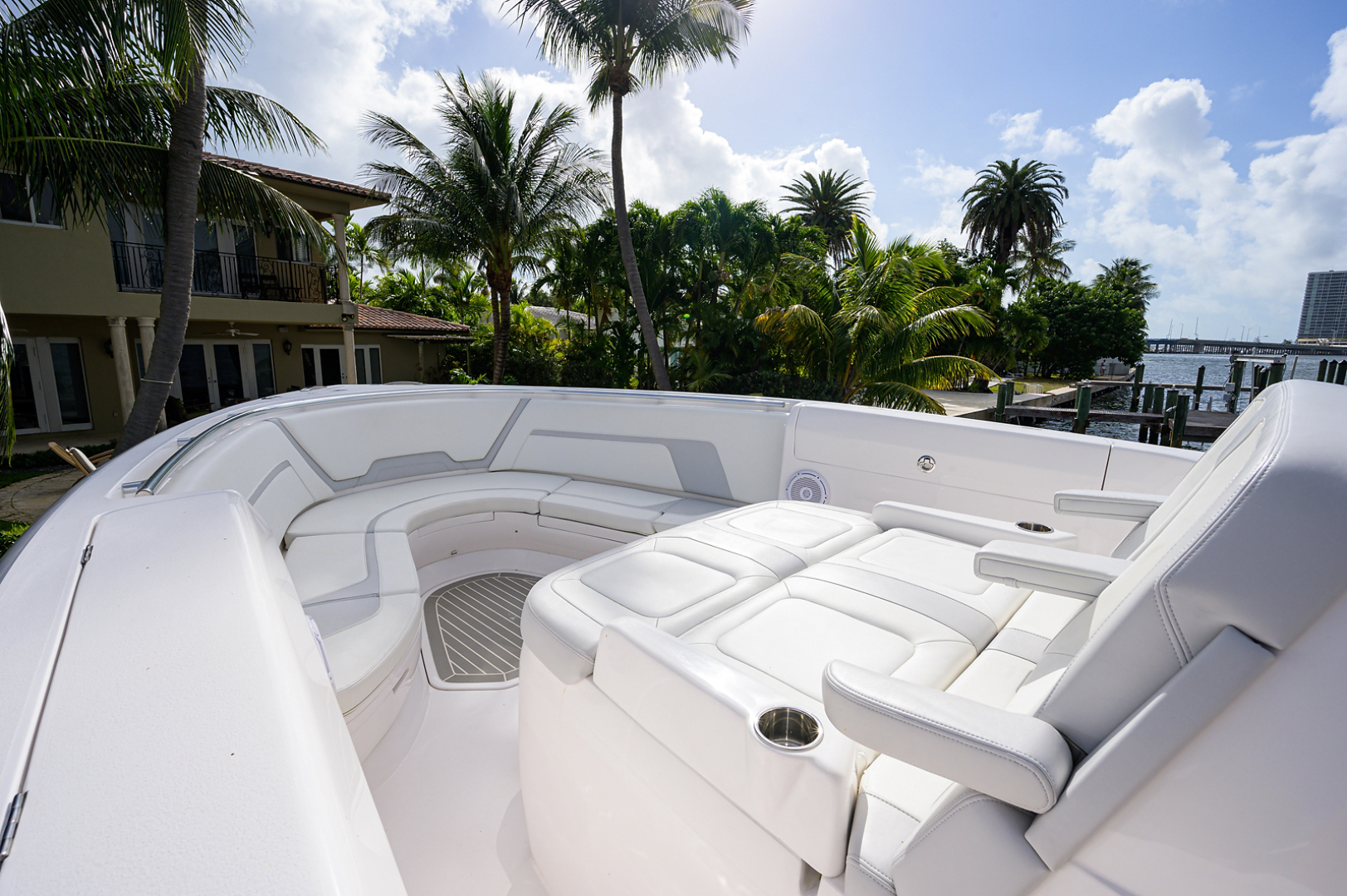 Intrepid 2019-GIRLYMAN Florida-United States-Bow Seating-1540318 | Thumbnail