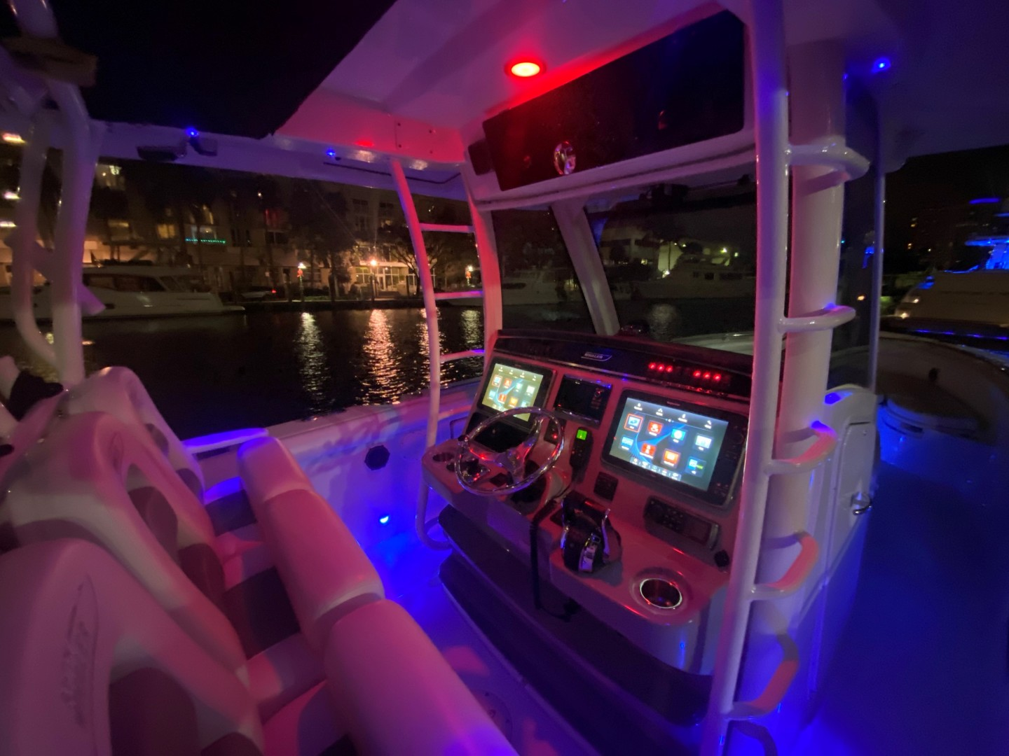 Boston Whaler-350 Outrage 2015-D STRACTION Fort Lauderdale-Florida-United States-1560624   Thumbnail