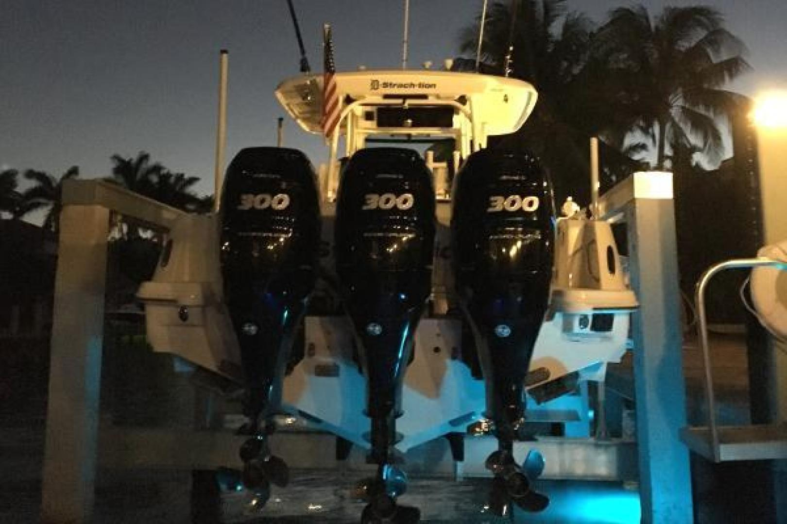 Boston Whaler-350 Outrage 2015-D STRACTION Fort Lauderdale-Florida-United States-1560923   Thumbnail