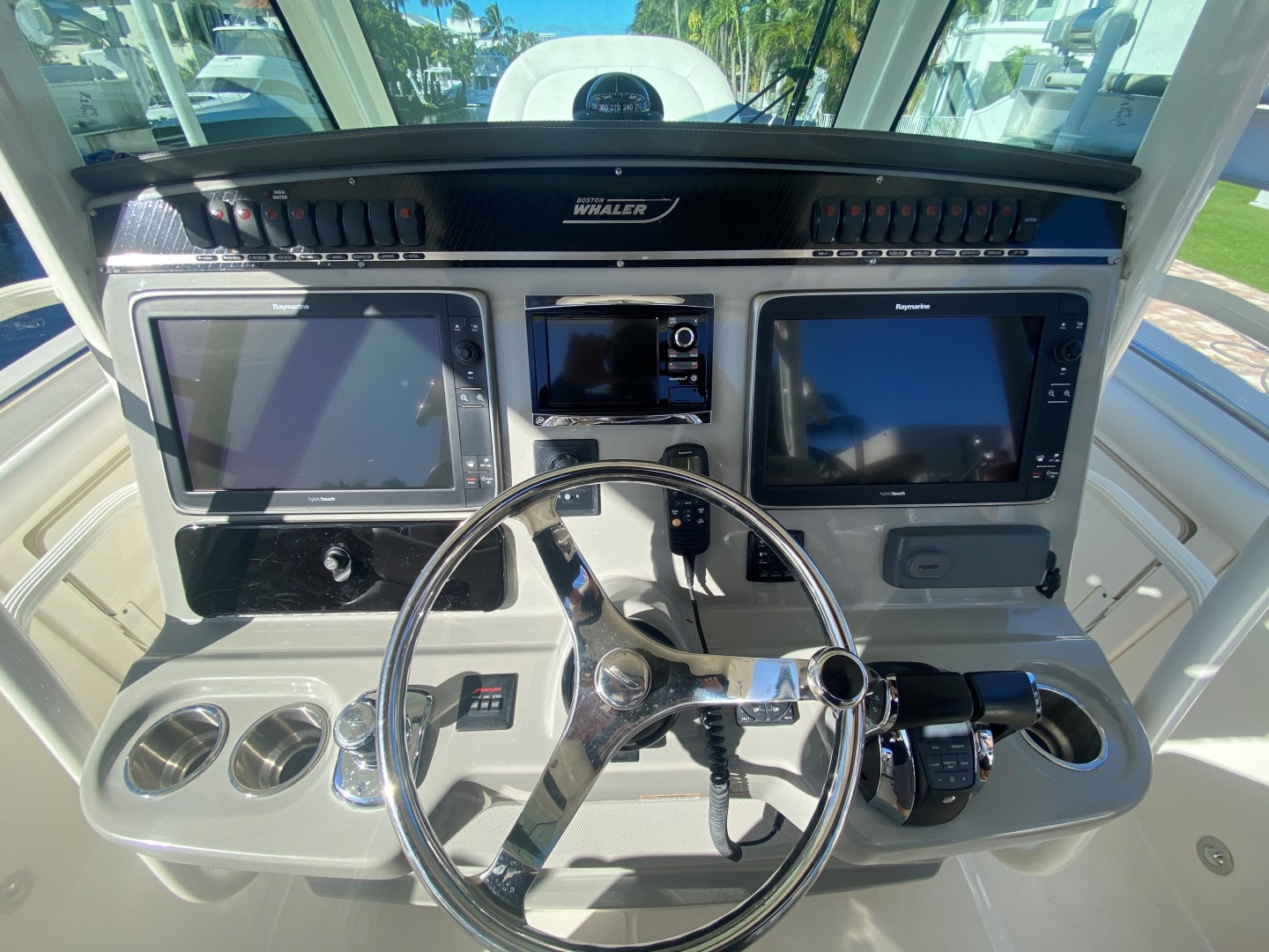 Boston Whaler-350 Outrage 2015-D STRACTION Fort Lauderdale-Florida-United States-1560619   Thumbnail