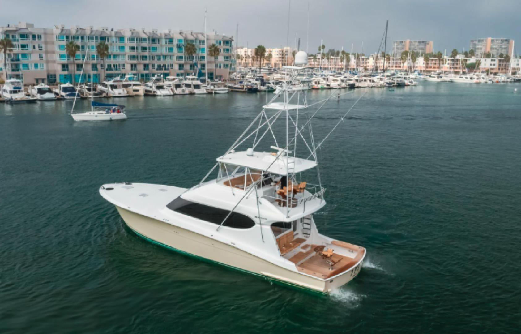 64' Hatteras, Listing Number 100858788, - Photo No. 4