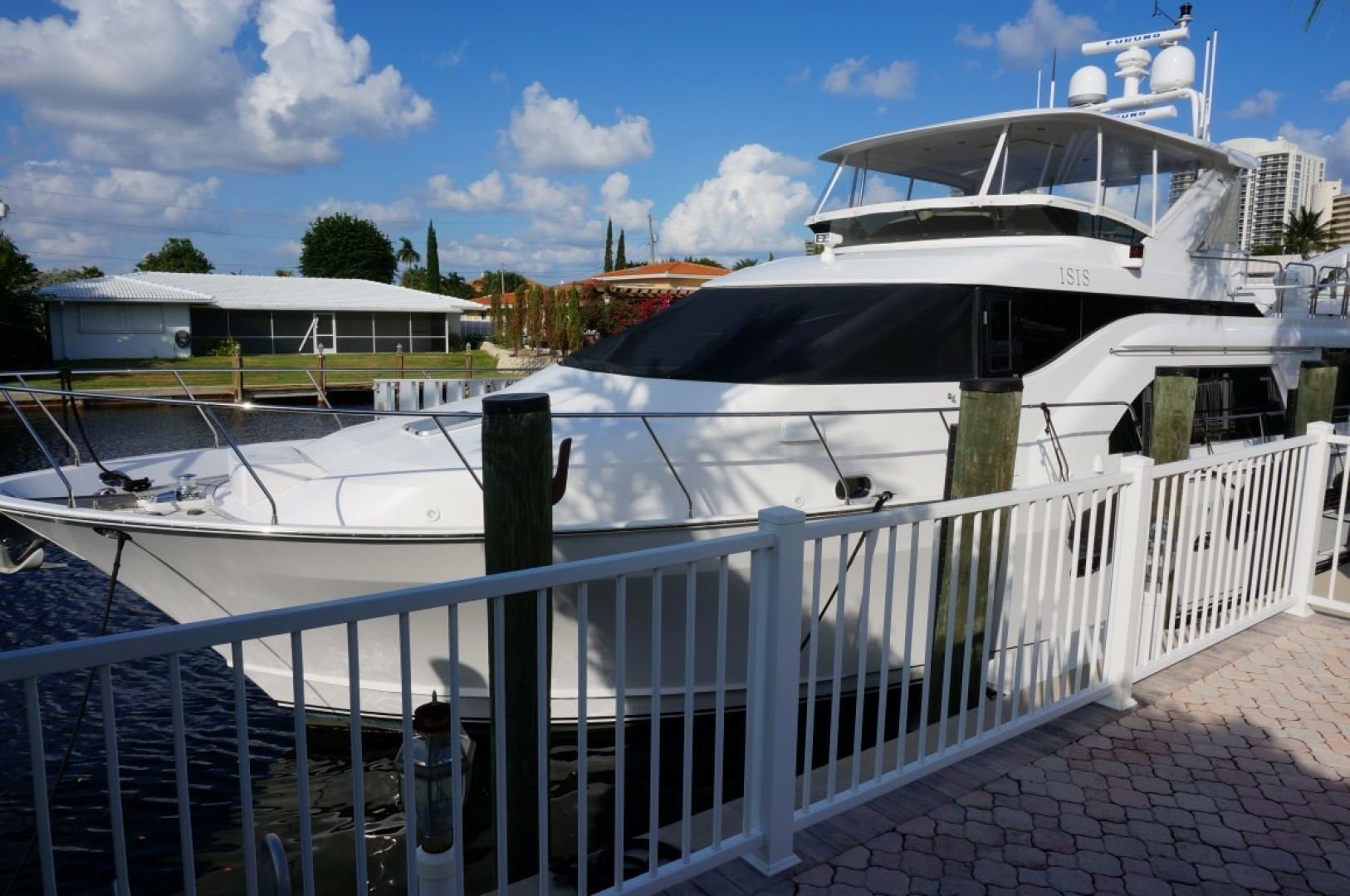 Queenship-Admiralty Series 2000-Sweet Lady Fort Lauderdale-Florida-United States-1577214 | Thumbnail