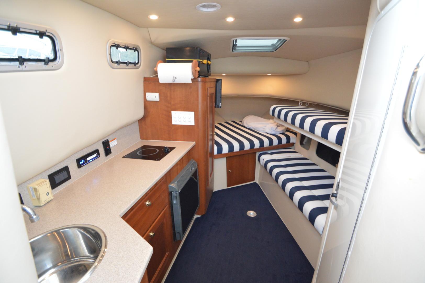 Rampage-30 Walkaround Express 2005-Miss Shelly Hampton-Virginia-United States-1542733 | Thumbnail