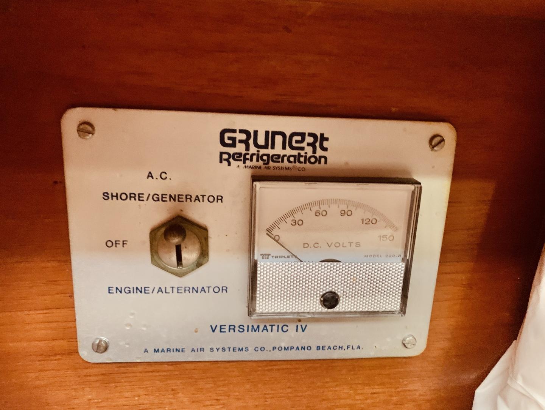 Grand Banks-49 Motor Yacht 1984-Little Red Scottsboro-Alabama-United States-1544101 | Thumbnail