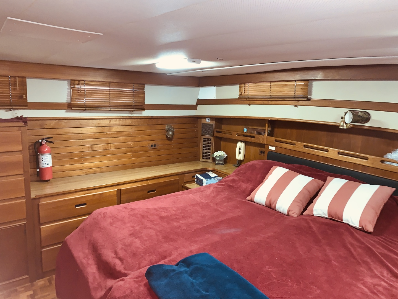 Grand Banks-49 Motor Yacht 1984-Little Red Scottsboro-Alabama-United States-1544122 | Thumbnail