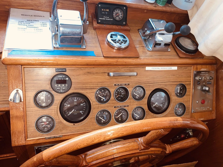 Grand Banks-49 Motor Yacht 1984-Little Red Scottsboro-Alabama-United States-1544096 | Thumbnail