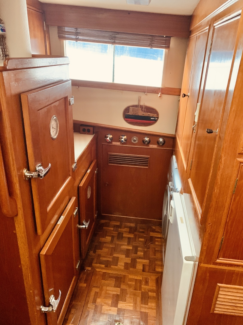 Grand Banks-49 Motor Yacht 1984-Little Red Scottsboro-Alabama-United States-1544105 | Thumbnail