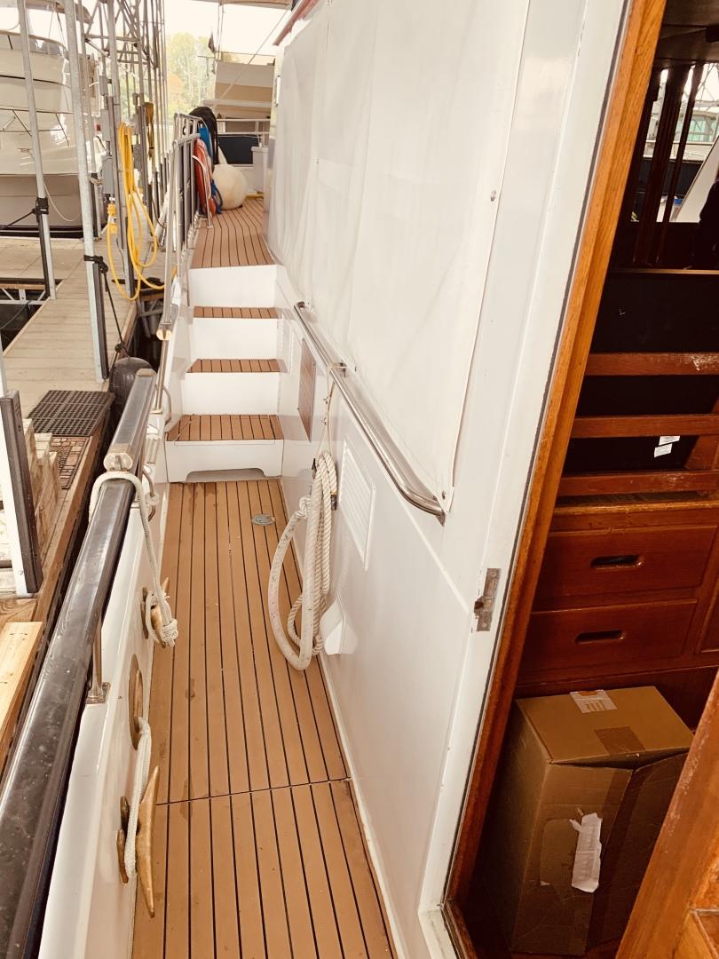 Grand Banks-49 Motor Yacht 1984-Little Red Scottsboro-Alabama-United States-1544018 | Thumbnail
